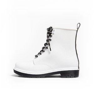 Michael Kors white Tavie boots rainboots MK shoes